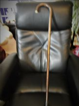 "VINTAGE RUSTIC WOODEN WALKING STICK CANE DARK RICH TONES WITH KNOBBLES 34"" HIGH"